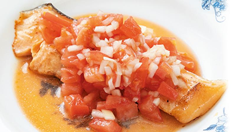 【夏バテ】鮭のソテーサルサソース